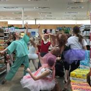 Impromptu Halloween Flashmob